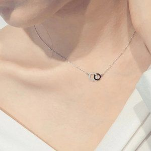 Jewelry - NEW 925 Sterling Silver Diamond Circle Necklace